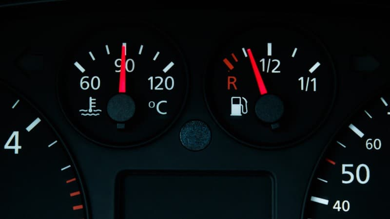 Car Temperature Gauge Goes Up And Down While Driving