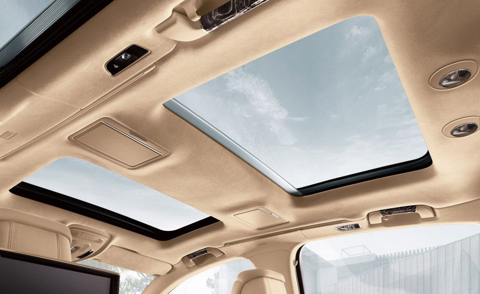 How to Close a Sunroof in Vehicles Manually