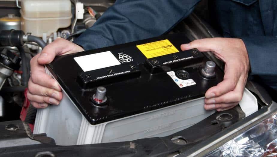 Who Makes Everstart Batteries